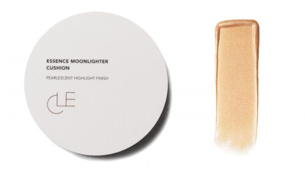 CLE Essence Moonlighter Cushion - Glinting Buff
